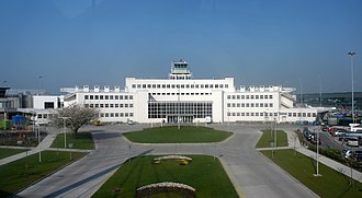 Dublin Airport - The original international style passenger terminal, completed in 1940