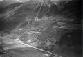 ETH-BIB-Altanca, Druckleitung vom Ritomsee, Ambri-Piotta v. S. O. aus 1400 m-Inlandflüge-LBS MH01-006179.tif