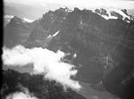 ETH-BIB-Glärnisch-Nordwand, Klöntalersee aus 3200 m-Inlandflüge-LBS MH01-006532.tif