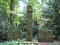 Ehrenfriedhof HL 07 2014 010.JPG