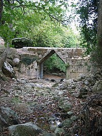 Eleutherna Bridge, Crete, Greece. Pic 01.jpg