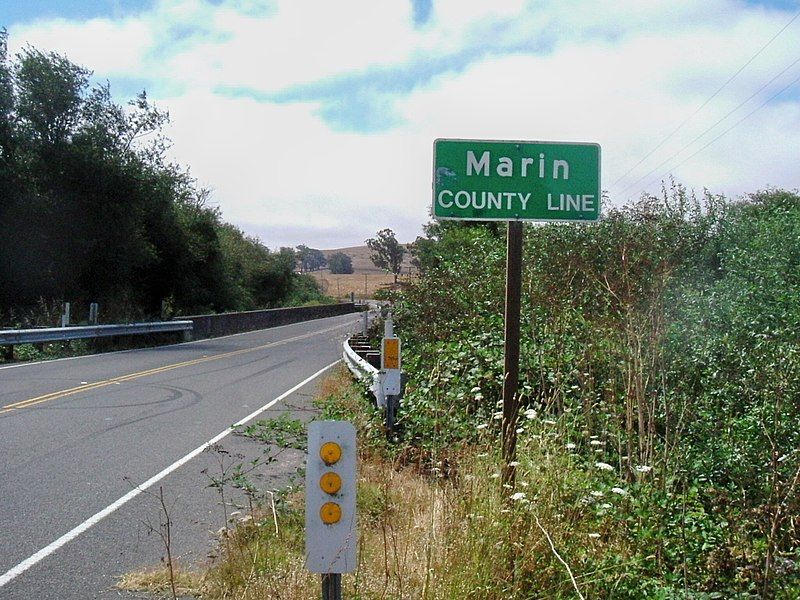 File:Entering Marin County (10375986926).jpg