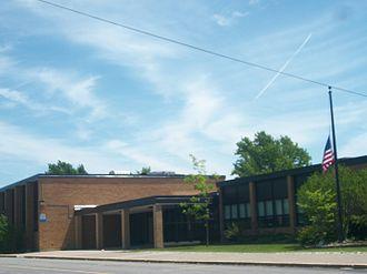 Niagara-Wheatfield Central School District - Image: Errick Elementary NY