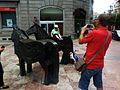Esculturas de los Asturcones (Oviedo).jpg