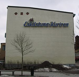 Picture of bulidning with sign Eskilstuna-Kuri...