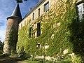 Facade arrière du château d'Autry-le-Châtel.jpg