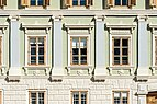 Feldkirchen Hauptplatz 10 Walluschnig-Haus bzw. Zum Hirschenwirt Hausfassade 04072016 3670.jpg
