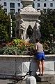 Fontaine Dorcières 05.jpg