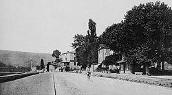 Fontaines-sur-Saône - Le Quai.jpg