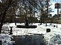 Fountain in snow - panoramio.jpg