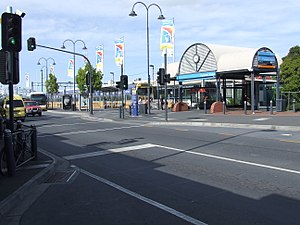 Frankston railway station entrance.jpg