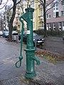 Friedenau - Historische Pumpe - geo.hlipp.de - 31680.jpg