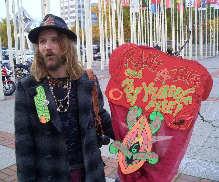 Porno-écologie: hippie-cool ou hippie-colonialisme? Le cas Fuck For Forest