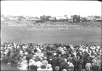 1957 Rugby League World Cup - Image: Full crowd in attendance at the first Test, Brisbane Cricket Ground, Bradman and Fingleton batting, 1936 37 Marylebone Cricket Club (MCC) tour of Australia (16592562176)