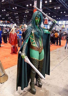 Gamora cosplay Chicago 2013.jpg