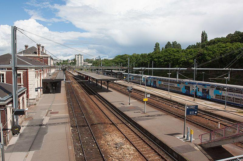 File:Gare d'Evreux - 2016-06-15 - IMG 1350.jpg