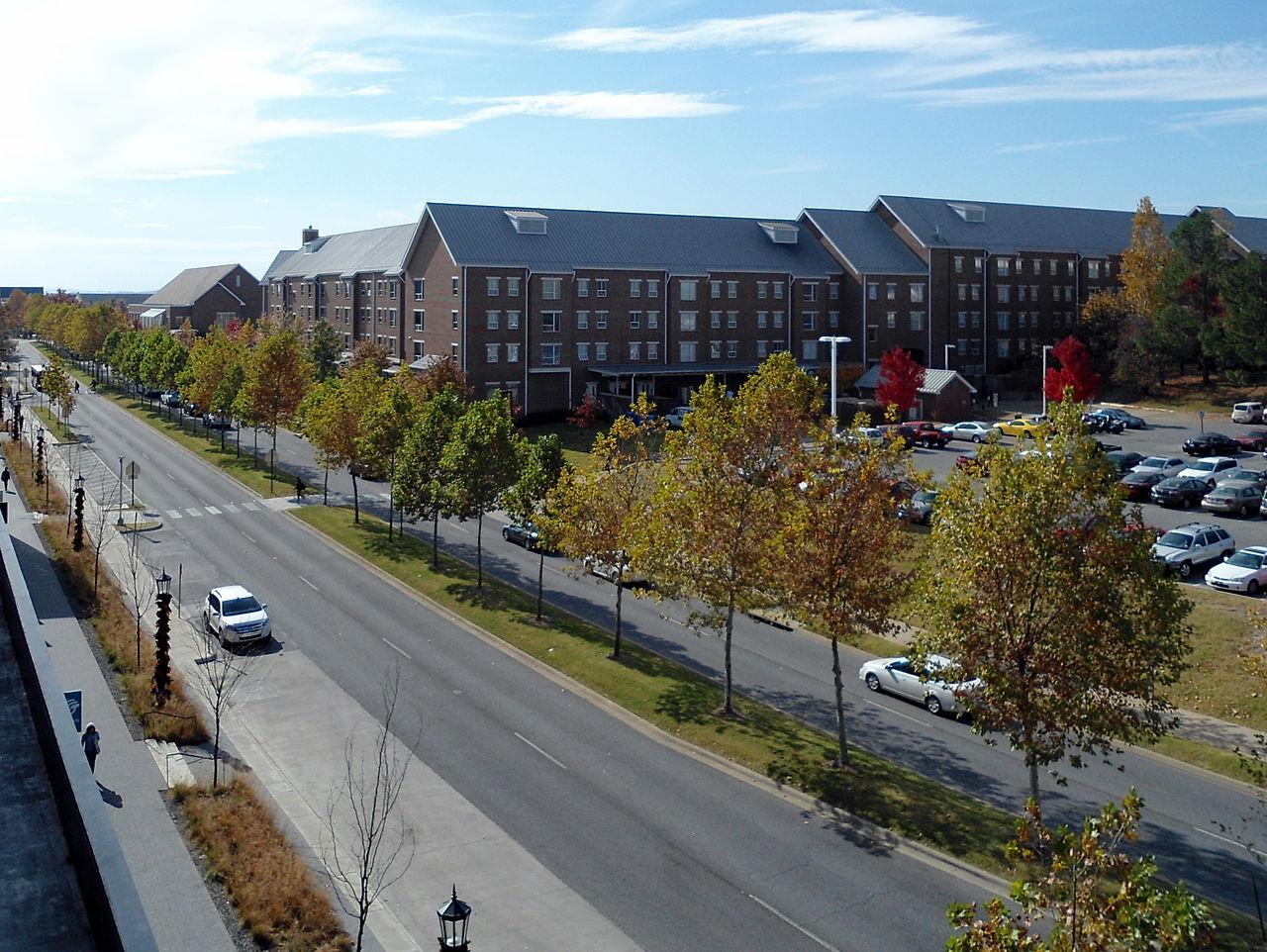 Px Garland Avenue C University Of Arkansas Campus C Autumn