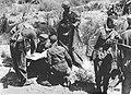 Gen. Kurt Student podczas narady z żołnierzami na Krecie (2-504).jpg