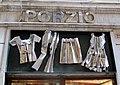 Genova, vetrina con lavorazione in lamiera.JPG