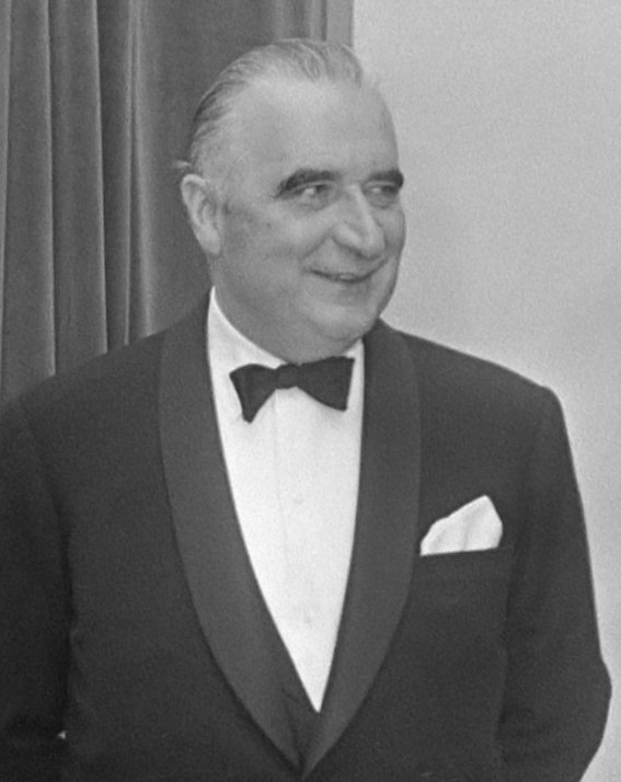 Georges Pompidou (cropped)