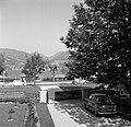 Gezicht op de straat langs de oever van de Tegernsee, Bestanddeelnr 254-3553.jpg