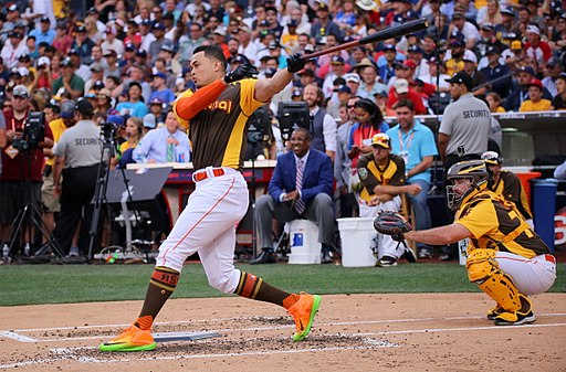 Giancarlo Stanton competes in semis of '16 T-Mobile -HRDerby. (28468362322)