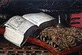 Giuseppe recco, natura morta con maschere, libri e strumenti musicalio, 1655-90 ca. 03.jpg