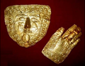 Golden mask from the treasure found at Trebeništa.png