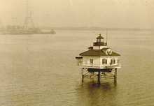 Greenbury Point Light 2.PNG