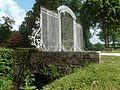 Grille et pont du château de Chaumot déplacés à Pennery en 1809.jpg