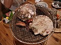 Grilled scallop (5041395406).jpg