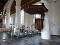 Grote Kerk Leeuwarden - preekstoel en liturgisch centrum.jpg