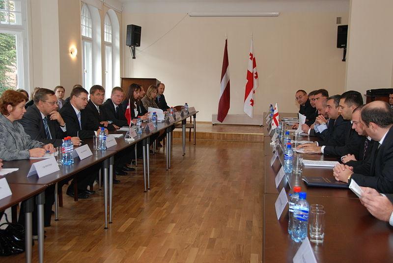 File:Gruzijas premjerministra Nika Gilauri oficiālā vizīte Latvijā (3925132733).jpg