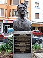 Guernica - Monumento a George L. Steer.jpg