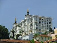 Hôtel Winter Palace 01.jpg