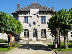 Hôtel de ville de Corbreuse.JPG