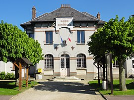 The town hall of Corbreuse