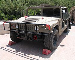 HMMWV-latrun-exhibition-2-1.jpg