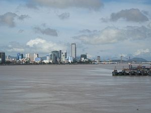 English: Danang skyline