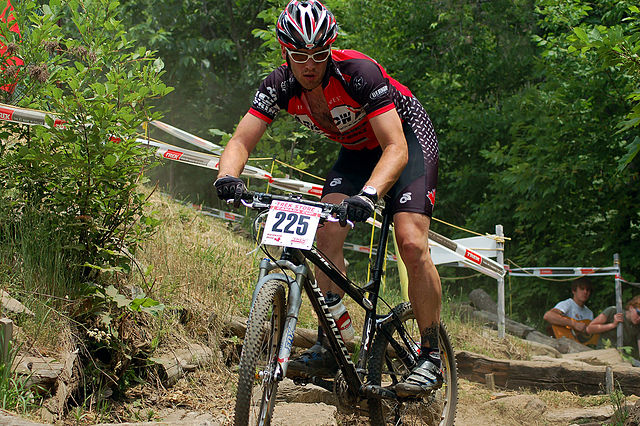 Mountainbiker By Dennis Dalton (Mountain Biker Man) [CC BY-SA 2.0 (https://creativecommons.org/licenses/by-sa/2.0)], via Wikimedia Commons