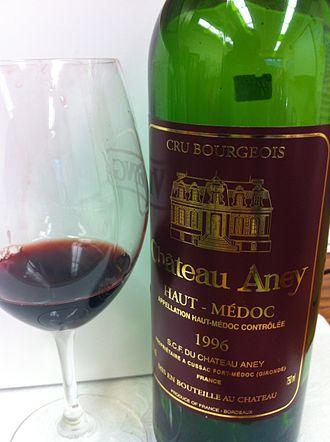 Haut-Médoc AOC - A Cru Bourgeois wine from the Haut-Médoc.