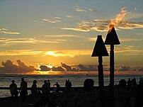 A sunset from a beach in :en:Honolulu
