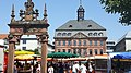 Hessens größter Wochenmarkt.jpg