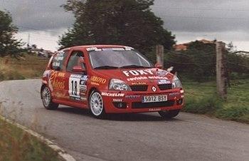 Hevia2002