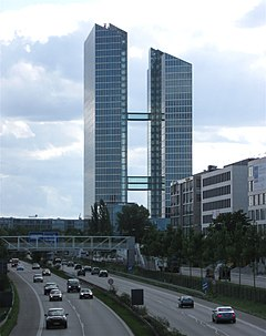 Highlight Towers Muenchen A9-1.jpg