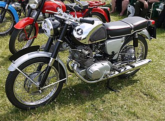 Honda CB77 - Image: Honda Superhawk 305cc CB77 1965. Light years ahead of anything else. Those were the great days of early Japanese bikes,even if I preferred the earlier Super Dream Flickr mick Lumix
