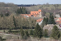 Hornburg (Seegebiet Mansfelder Land), Blick zur Dorfkirche.jpg