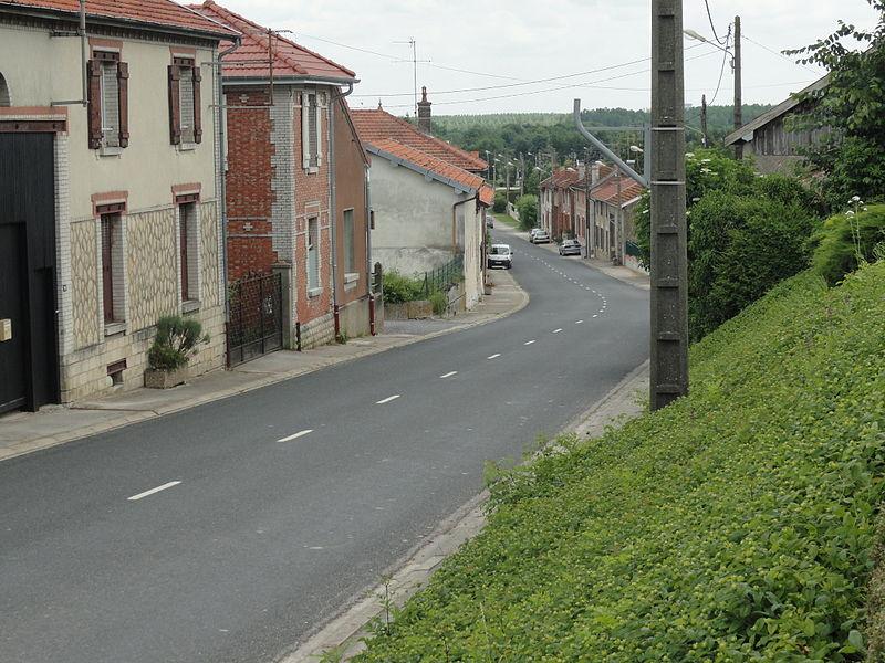 La rue Saint-Martin de Huiron (51).