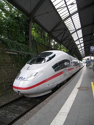Aachen Hauptbahnhof - ICE 3M train en route from Brussels to Frankfurt in Aachen Hauptbahnhof.