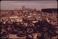 ILLEGAL DUMPING AREA JUST OFF THE NEW JERSEY TURNPIKE, FACING MANHATTAN ACROSS THE HUDSON RIVER. TO THE SOUTH IS THE... - NARA - 549776.tif
